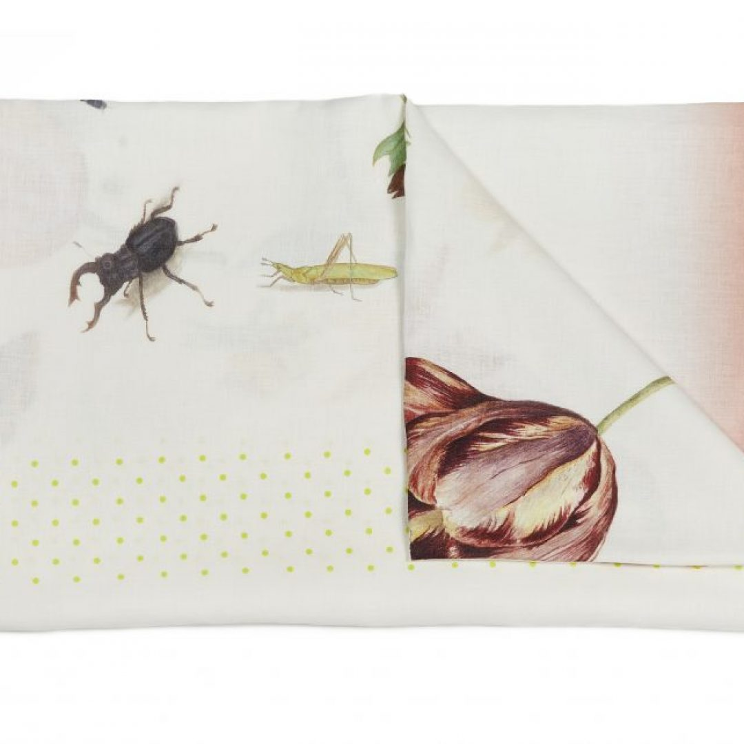 dragonfly tablecloth folded